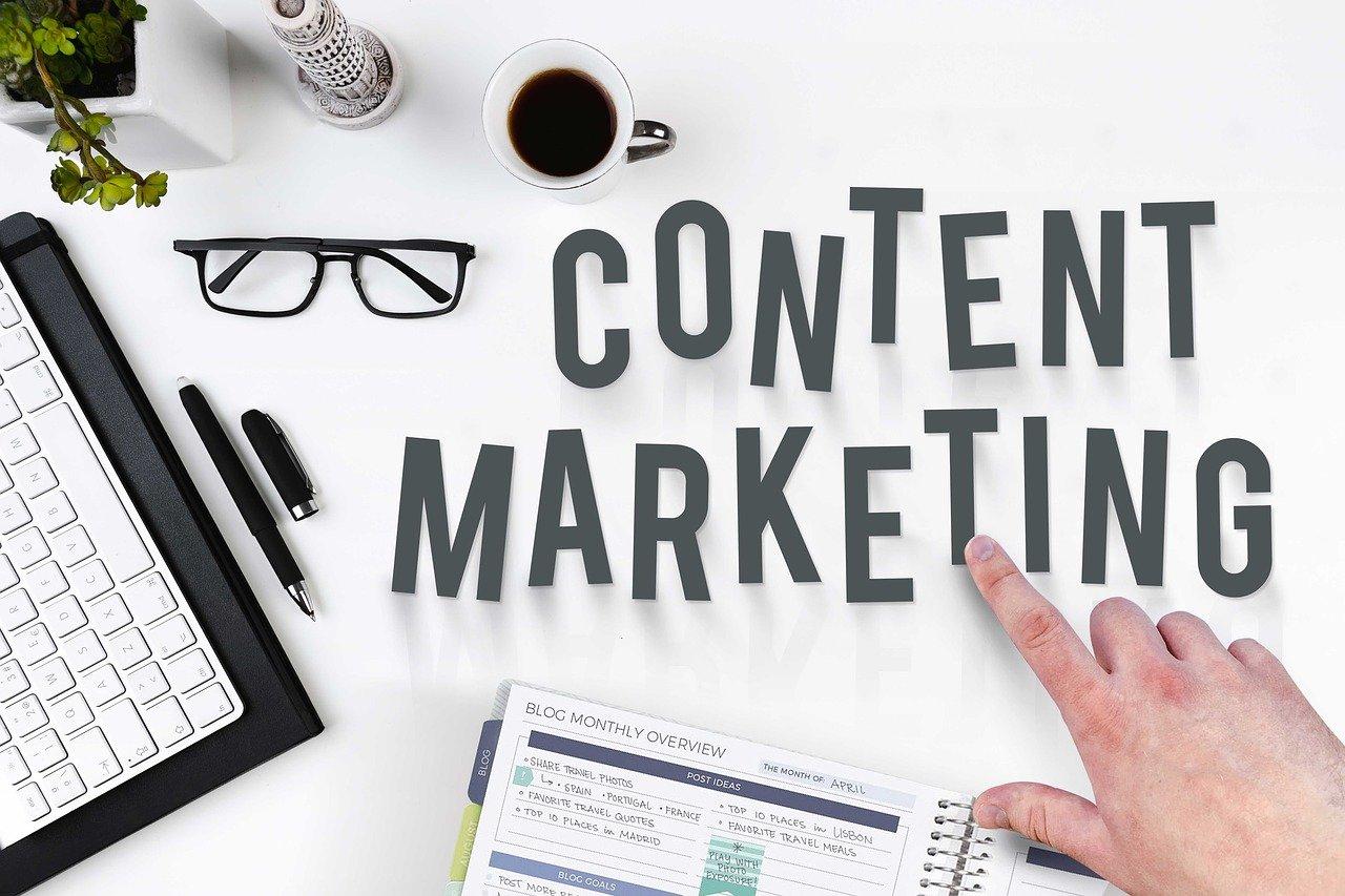 Cosa sono i contenuti brandizzati e come utilizzarli al meglio?